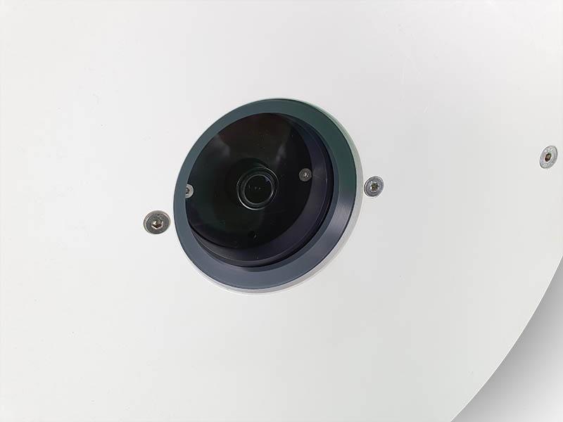camera de surveillance encastrée dans les parois de piscine pour assurer la sécurité des baigneurs