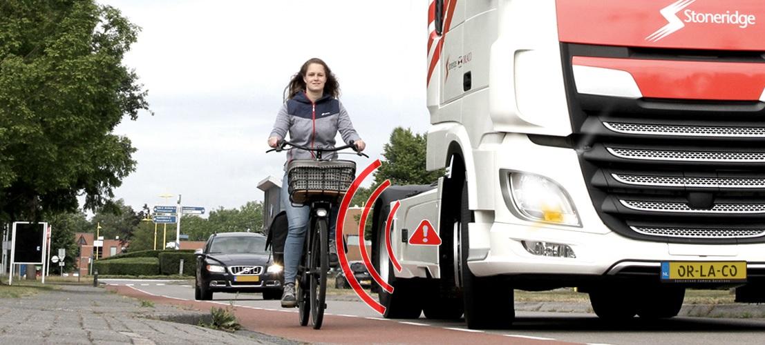 radar detection pieton cycliste cote lateral droit poids lourd semi camion avec camera obligatoire